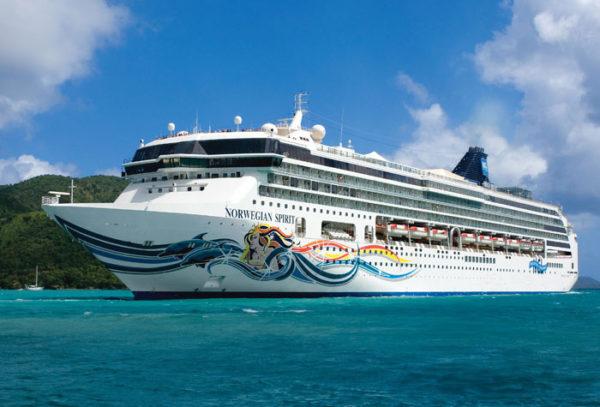 Op cruise vakantie met rollator, Norwegian Spirit cruiseschip