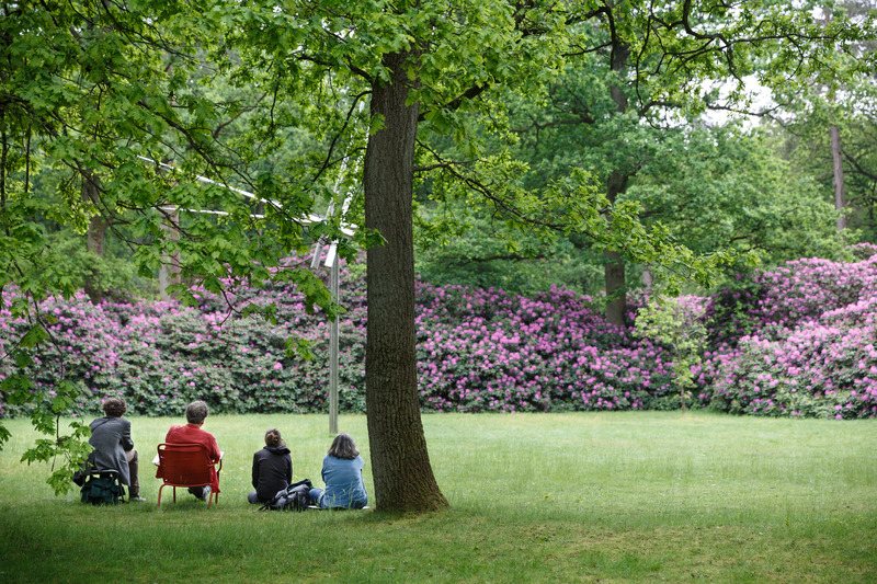Visitors admiring the Kröller-Möller garden
