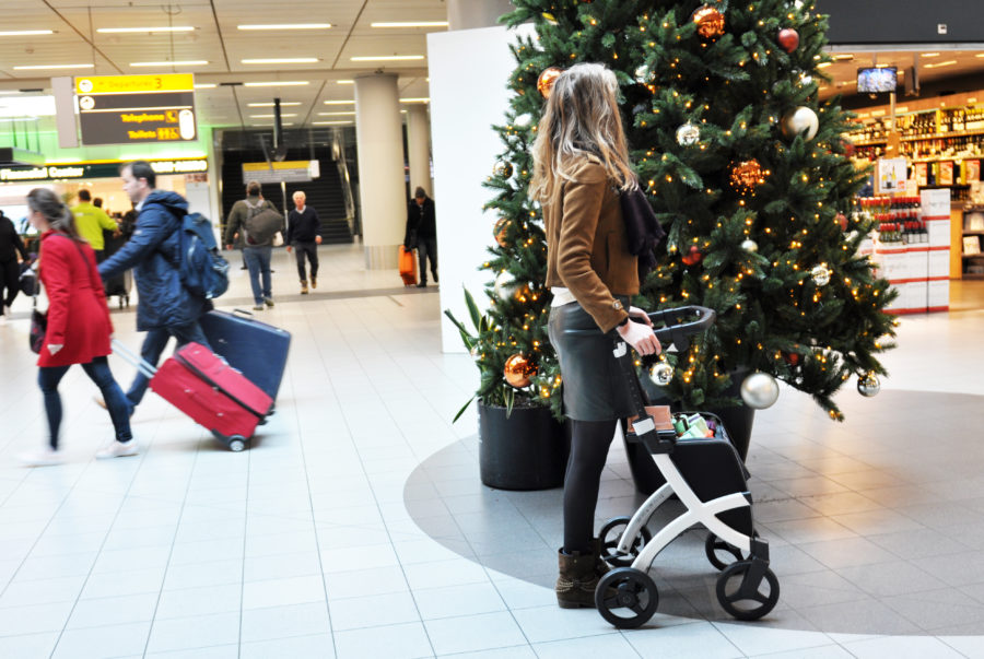 Travelling on the airport during Holiday season
