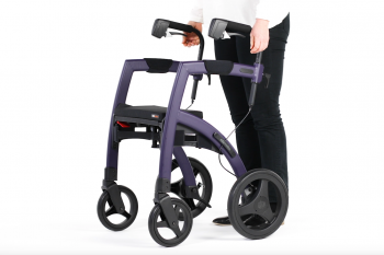 Setting up height of a rollator and wheelchair