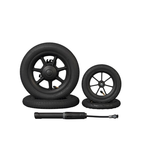 Rollz Motion air tyres set and pump