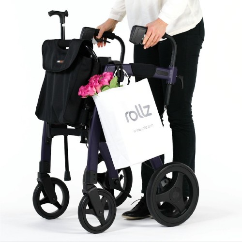 The 3-in-1 holder attached to the Rollz Motion frame